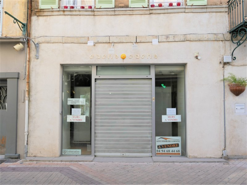 Vente  Commerce  161 m2